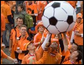 Dutch football fans warned to travel in convoy Govt warns Dec 142009