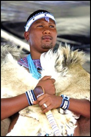 Mandla Mandela installed as one of the kings of the xhosa people by King Buyelekhaya Dalindyebo of the Thembu clans April172007