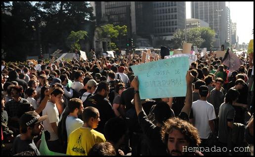 Marcha da Maconha São Paulo 2011