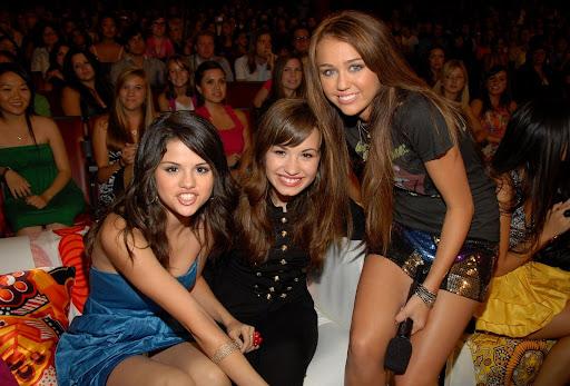 Escandalo en USA: Selena Gomez lesbiana