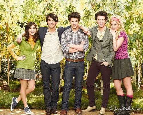 JONAS 2da Temporada - AVANCE Jonas-renewed-for-season-two