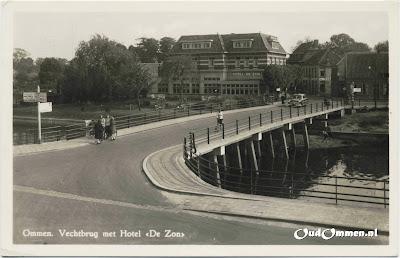 Ommen-Vechtbrug-met-Hotel-de-Zon-2vbw.jpg
