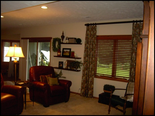 Family room and window 003