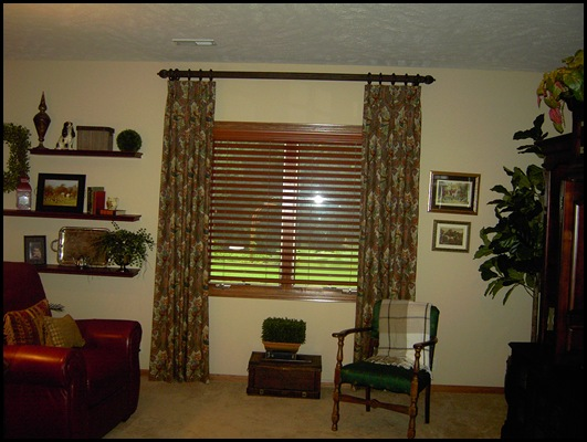 Family room and window 002