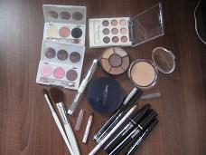 Comorile noastre -Makeup/Nails/Hair collection - Pagina 2 IMG_3244