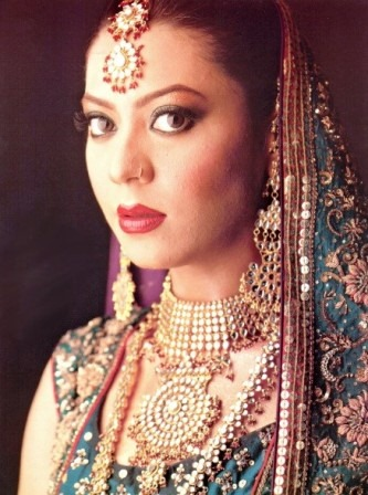 Fashion, Style, Beauty, Bridal Jewelry Design, Chick, Jewelry, Model, Pakistani Chick, Pakistani Girl, Pakistani Model,Sexy, Sari, Balaows, Zeba Ali, Poised Splendor