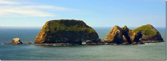 IMG_5307-Three Arches Rock