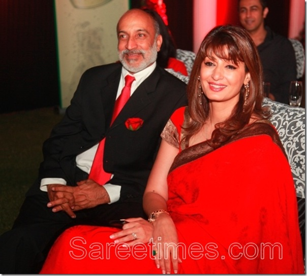 Sunanda_Pushkar_Tharoor_Red_Saree