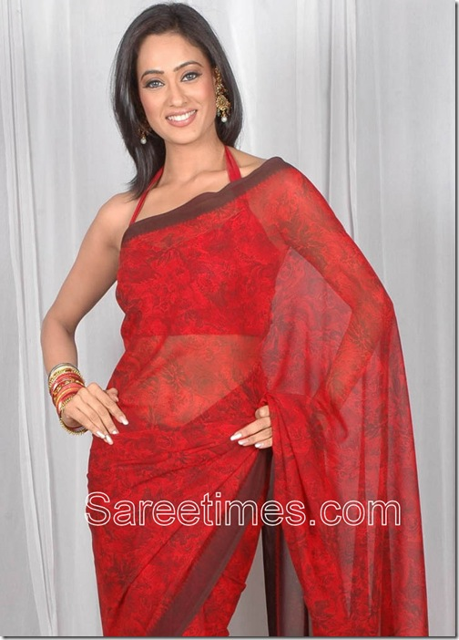 Shweta_Tiwari_Red_Saree
