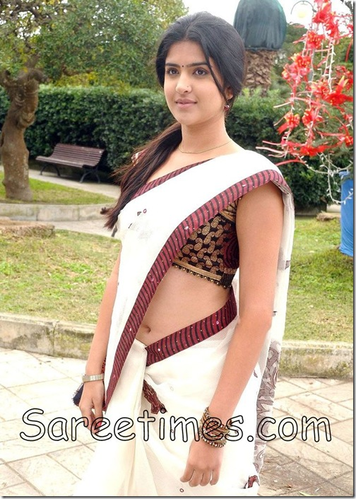 Deeksha_Seth_White_Saree