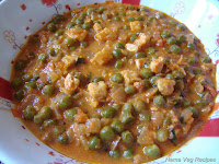 Paneer Matar Sabji (Paneer and Green Peas Curry)