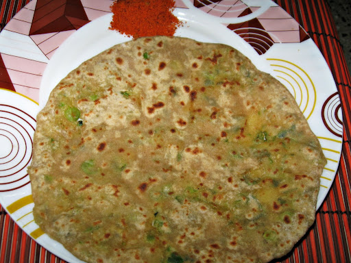 Green Peas Potato Paratha or Aloo Mutter Parota