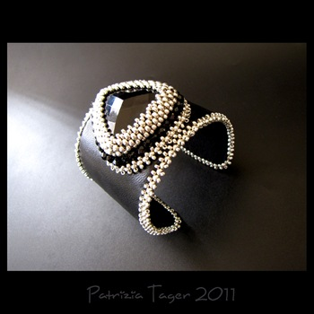 Glam Rock Leather Cuff 01 copy