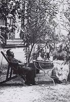 reposo en malromé con su madre verano 1900