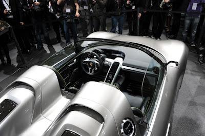 Porsche 918 Spyder Concept-02.jpg