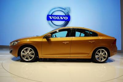 Volvo S60-03.jpg