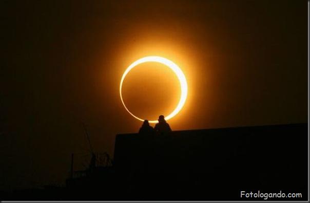 Um Eclipse Solar Surpreendente (5)