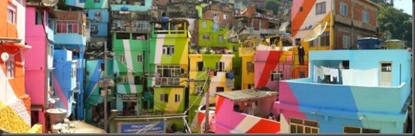 Pinturas coloridas na Favela de Santa Marta no RJ (10)