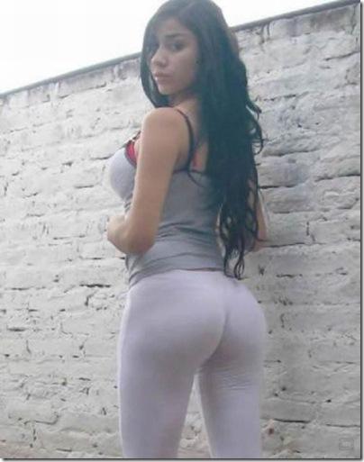 Garotas com calças super apertadas (3)