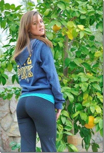 Garotas com calças super apertadas (31)