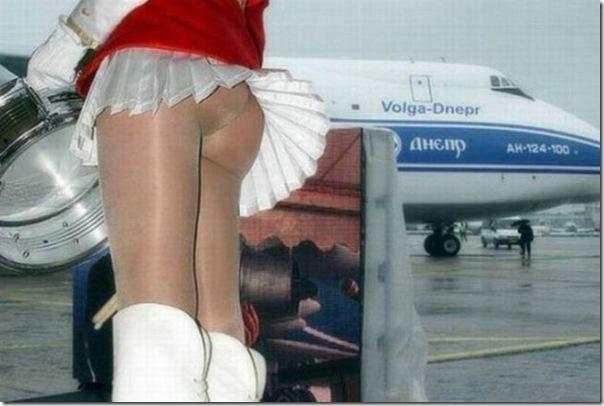 Belas garotas de mini saia   vento = Uma combinação perfeita (1)