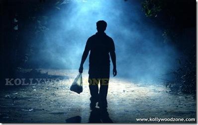 Sivappu_Mazhai_Movie_Pics_04