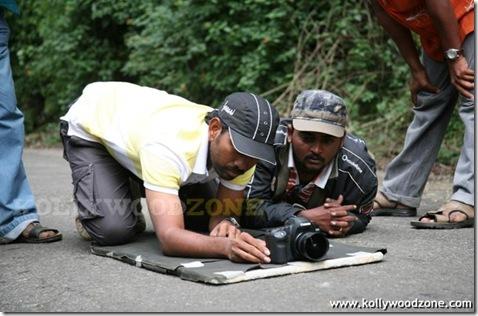 Sanikizhamai_Sayangalam_5_Mani_Movie_Stills_59