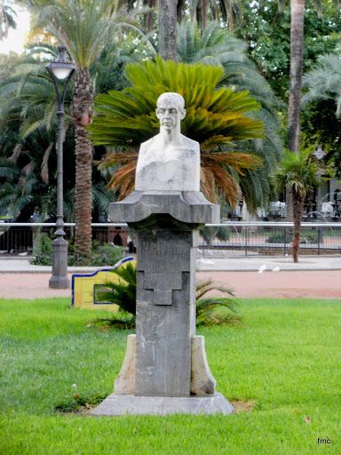 Monumento a Martínez Rücker