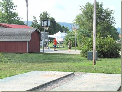 campgroundpool07-18-10i