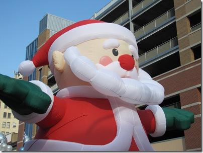 Santa Parade11-20-10ay