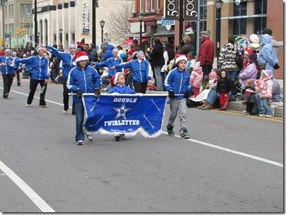 Santa Parade11-20-10ah