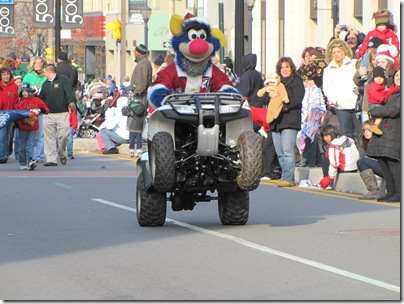 Santa Parade11-20-10bk