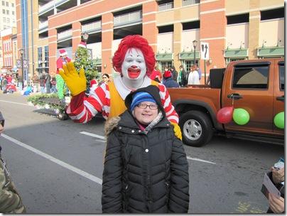 Santa Parade11-20-10bn