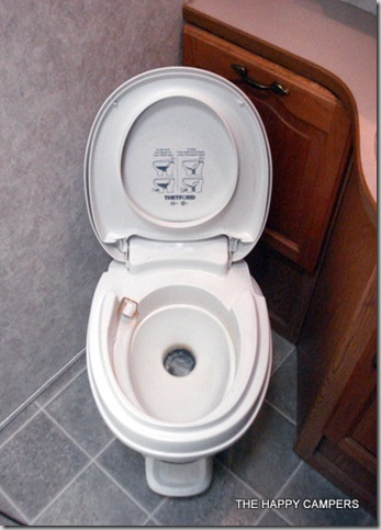 toilet 003