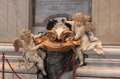 Escultura na Basílica de São Pedro - Vaticano