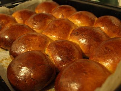 Булочки повышенной калорийности (ГОСТовский рецепт в хлебопечке)