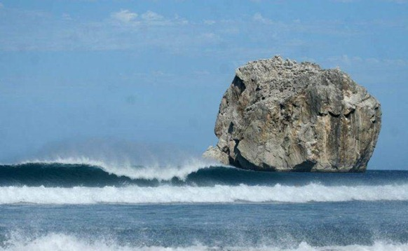 Witches Rock, Costa Rica Surfing