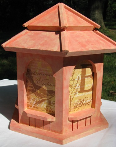 09 04 Lynn Roberts Fanciful Flight Birdhouse Closed View 3