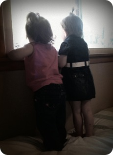 4.10.2010 Jenna & Eliza 2 - edited