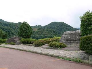 奥野ダム・松川湖の石碑