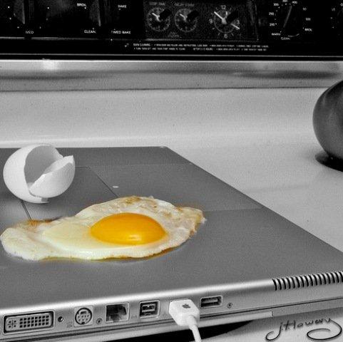 broken-laptop (2)