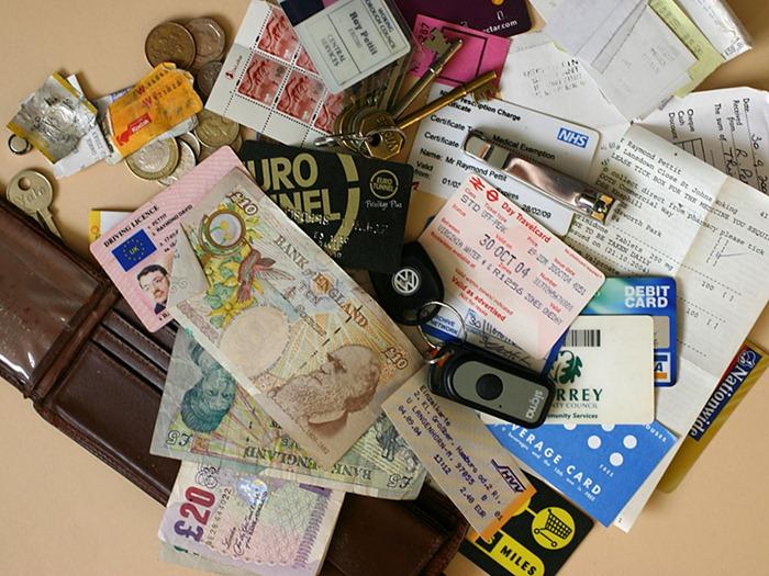 handbag-content (17)