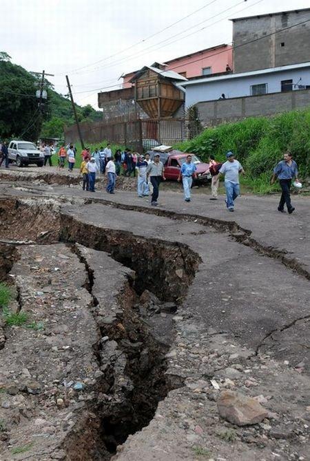 guatemala-hole (6)