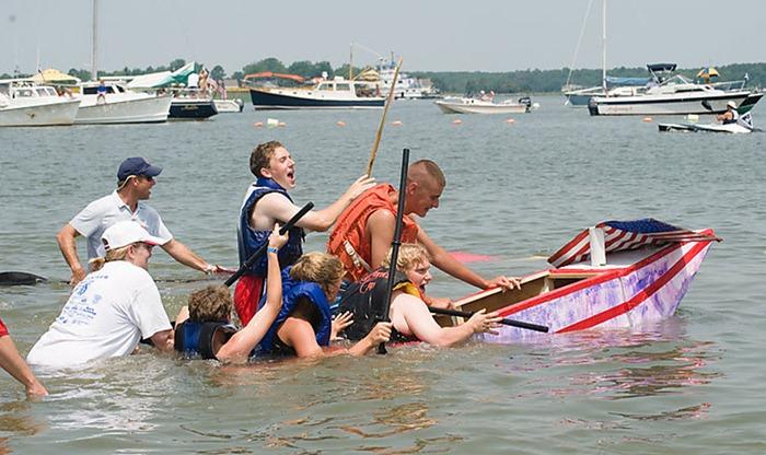 cardboard-boat-race (7)