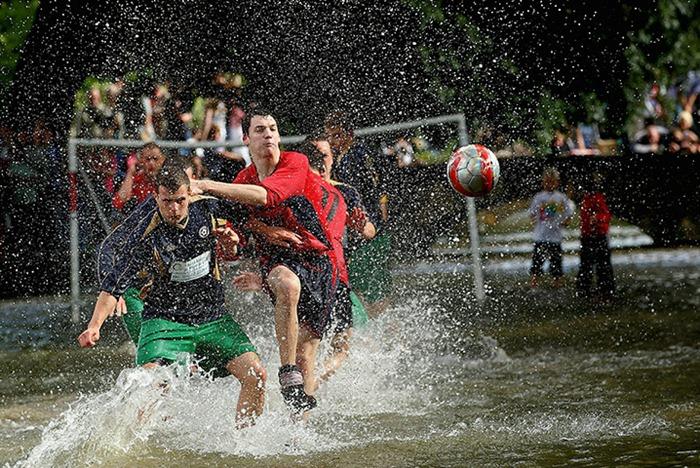river-football (2)