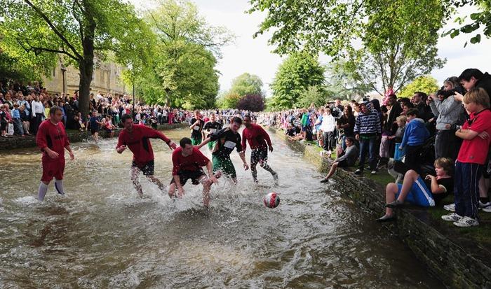 river-football (3)