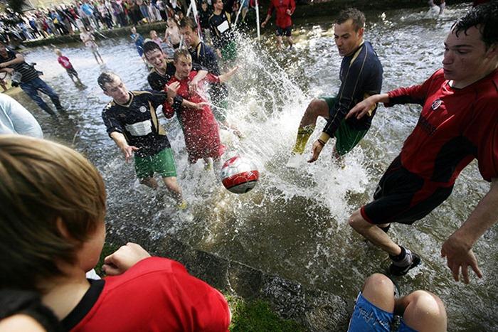 river-football (4)