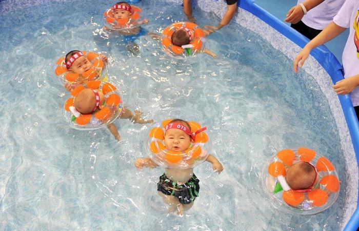 swimming-babies-china (2)