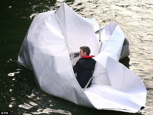 frank-bolter-paper-boat (1)