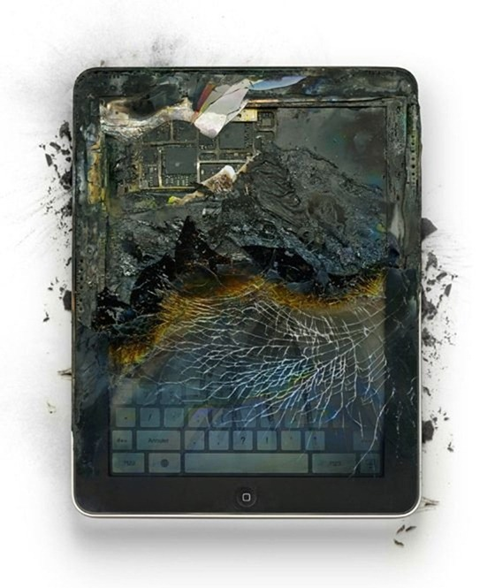 destroyed-apple-products (8)